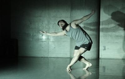 「ダンス花」で創意にあふれた5作品が競演_d0178431_13292570.jpg