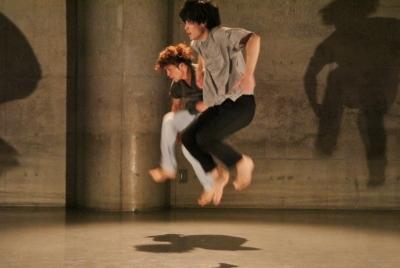 「ダンス花」で創意にあふれた5作品が競演_d0178431_13323861.jpg