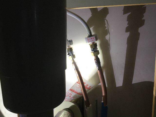 賃貸第一弾  キッチン水栓交換_f0031037_20102602.jpg