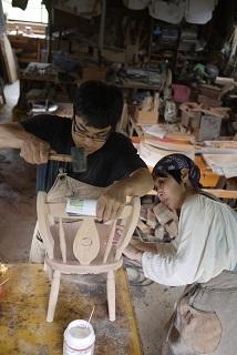 ②続・工房へ「コジマアツシ」椅子展 at  ハクトヤ:篠山_f0226293_09113709.jpg