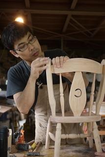 ②続・工房へ「コジマアツシ」椅子展 at  ハクトヤ:篠山_f0226293_09115959.jpg
