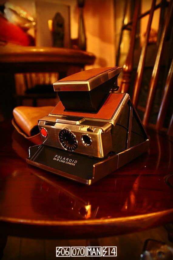1970s Vintage Polaroid SX-70 LAND CAMERA ポラロイド ミッドセンチュリー イームズ_e0243096_20170036.jpg