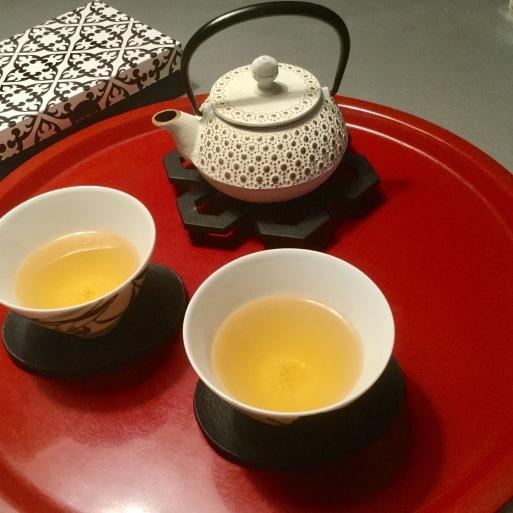 南部鉄器でお茶タイム_b0210699_01292733.jpg