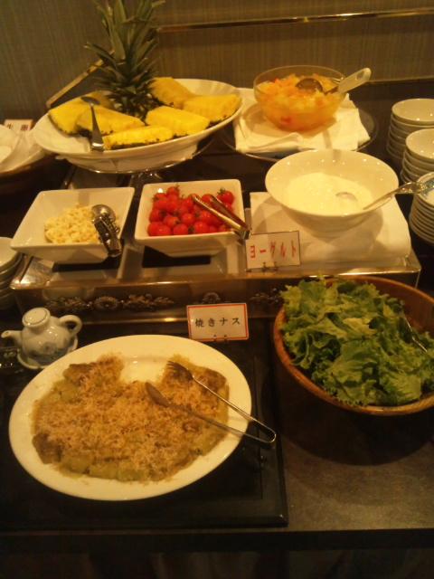 札幌すみれホテル 朝食ブッフェ_f0076001_23452995.jpg