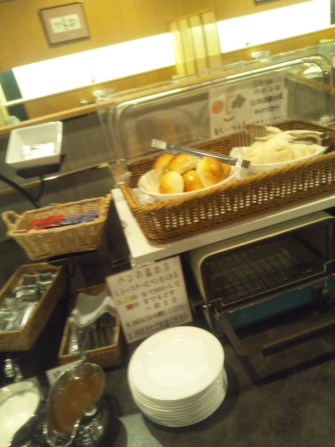 札幌すみれホテル 朝食ブッフェ_f0076001_23455212.jpg