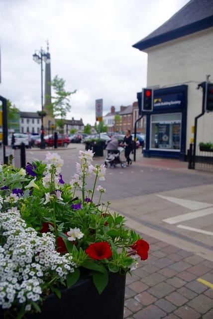 北イングランドの英国ガーデンをめぐる旅その23 マーケットの町リポンとリポン大聖堂、そしてラッパ吹き!(ヨークシャー州)_e0114020_23210008.jpg