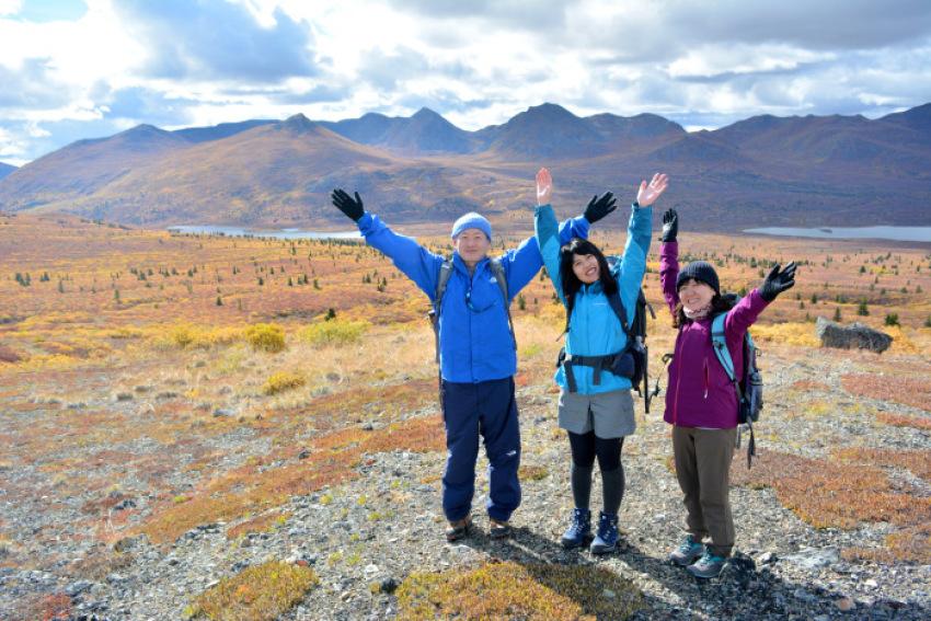 極北の秋 ツンドラ紅葉 フィッシュ レイク ハイキング_d0112928_08153351.jpg