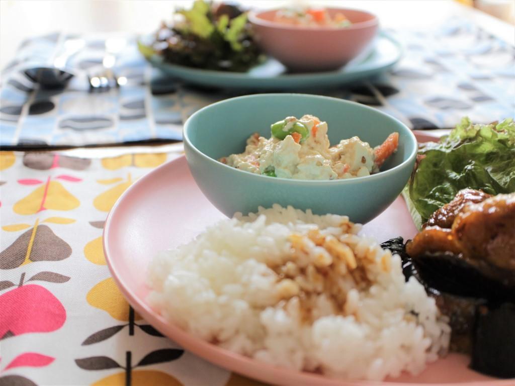 鶏肉となすのピリ辛炒めプレート_f0220354_08563847.jpg