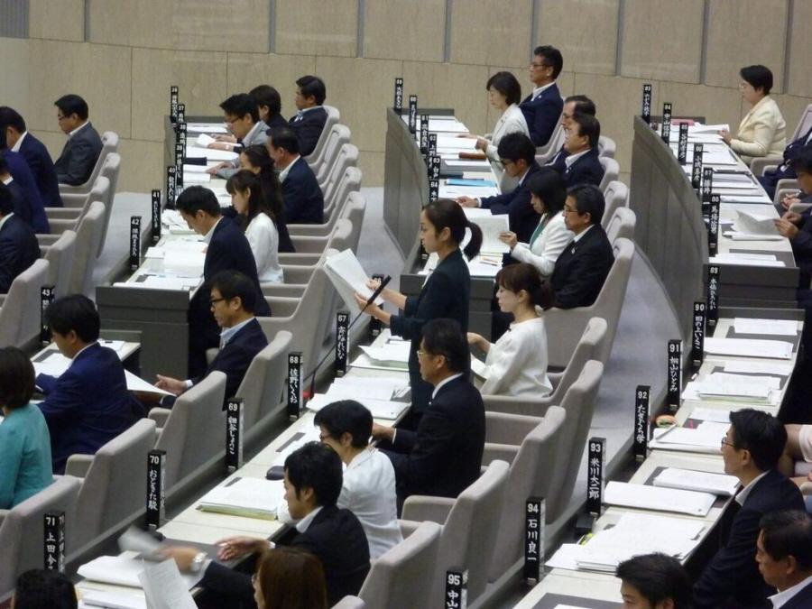 都議会第3回定例会初日_f0059673_21201271.jpg