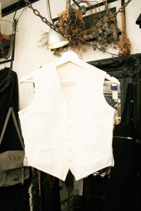 最近の色々 髪型とか猫とかお土産とか (入荷メンズ フランスの古~い白いもの、ちょっと古い白いもの_f0180307_22054361.jpg