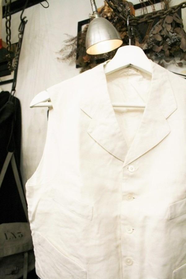最近の色々 髪型とか猫とかお土産とか (入荷メンズ フランスの古~い白いもの、ちょっと古い白いもの_f0180307_22083669.jpg