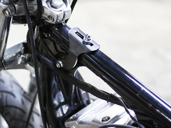 スポーツスター XL\'95-\'03 ガソリンタンクブラケット (MR-SM067)_e0182444_2032937.jpg