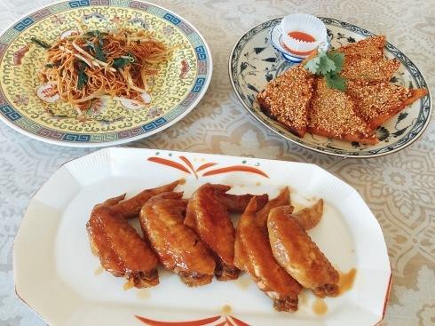蝦多士、炒麺などなど_a0175348_13330725.jpg