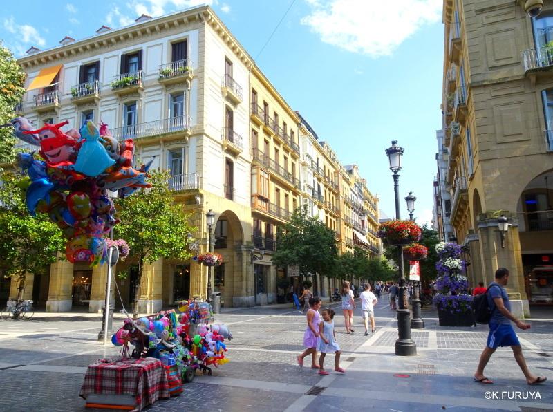 美食の街 サン・セバスティアンを歩く_a0092659_18355052.jpg