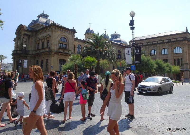 美食の街 サン・セバスティアンを歩く_a0092659_18434346.jpg