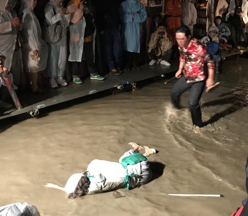 水族館劇場 横浜寿町_a0163788_21422871.jpg