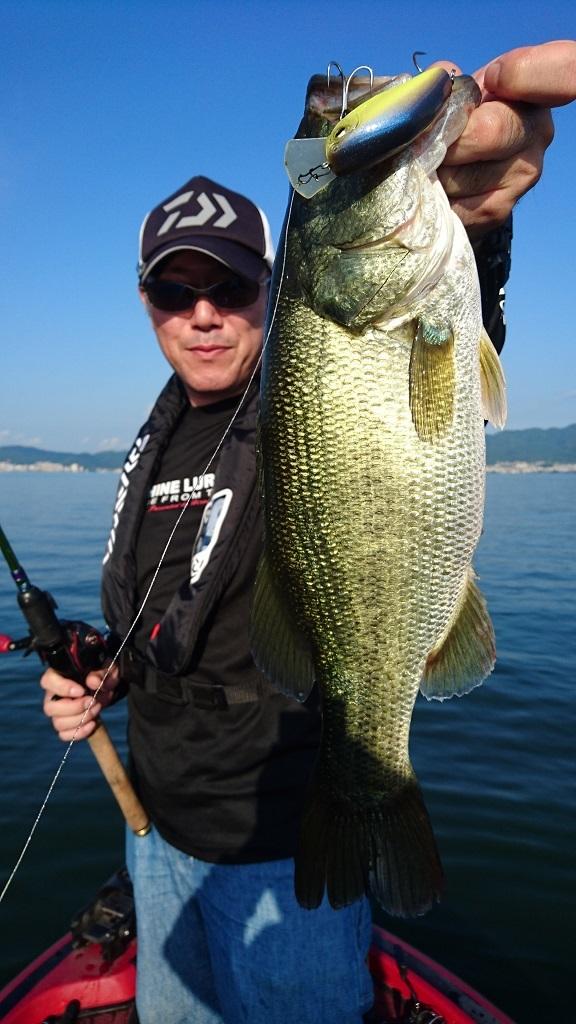 琵琶湖TEST釣行記 【66cm(4570g)をキャッチ!!】_d0145899_11274773.jpg