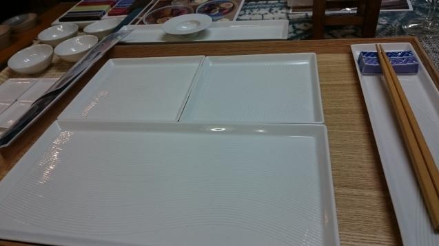 白い器の『一真窯(いっしんがま)』_c0325278_14592081.jpg