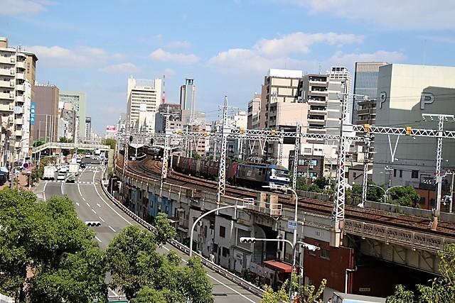 藤田八束の鉄道写真@神戸元町から徒歩5分、花隈城址にて貨物列車の写真撮影・・・貨物列車金太郎に逢う_d0181492_15461814.jpg