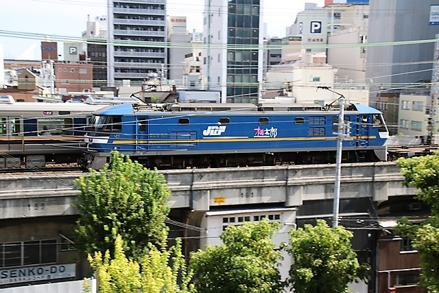 藤田八束の鉄道写真@神戸のお洒落な町で鉄道写真を撮りました。_d0181492_16131171.jpg
