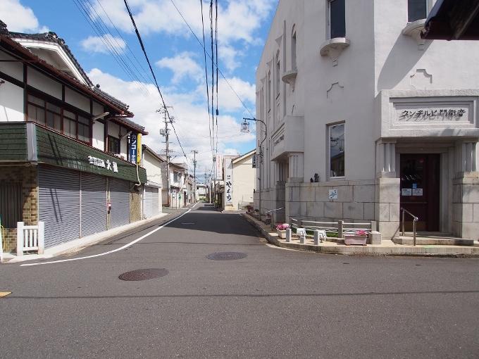 旧福知山信用組合本店_f0116479_17551273.jpg