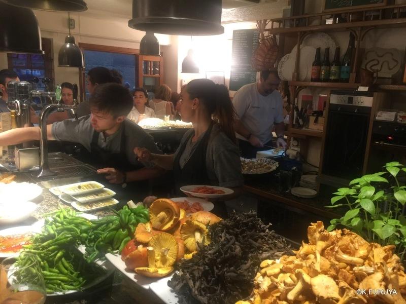 世界一の美食の街 サン・セバスティアン_a0092659_21010442.jpg