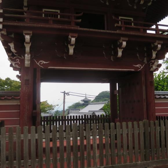 當麻寺と当麻寺とどちらを表記しようかと考えた上変換で先に出てきた方にした 葛城市_c0001670_21020503.jpg