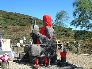 今日は蔵王地蔵尊の秋の例大祭が行われます。_b0185375_08021293.jpg
