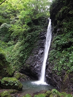 旧徳山村コビクラ谷から蕎麦粒山_e0064783_11065967.jpg
