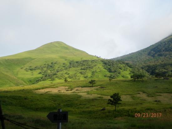由布岳に登る H29.9.23(標高・1584メートル)_f0184133_09444799.jpg