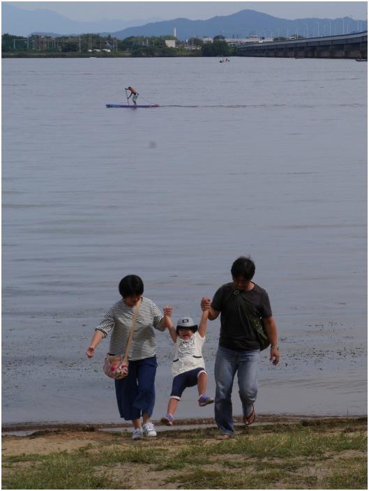 < 琵琶湖大橋 >_c0036080_12193600.jpg
