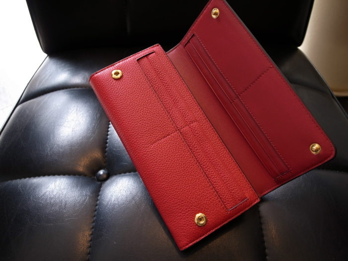 DETAIL MULBERRY ENGLAND CONTINENTAL WALLET SCARLET_f0111683_12431681.jpg