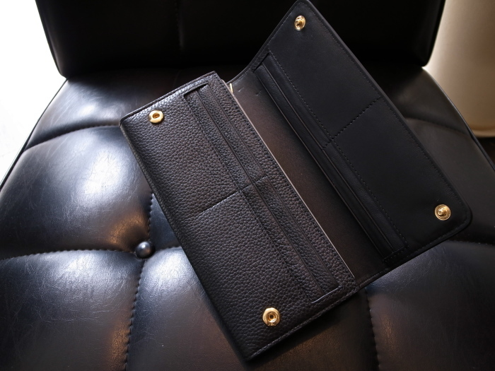 DETAIL MULBERRY ENGLAND CONTINENTAL WALLET BLACK_f0111683_12532078.jpg