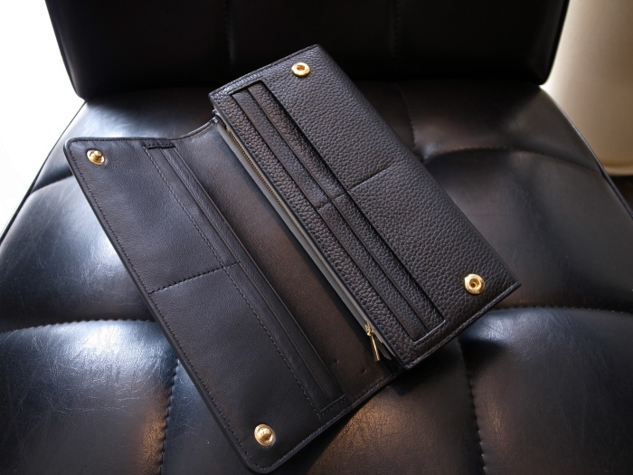 DETAIL MULBERRY ENGLAND CONTINENTAL WALLET BLACK_f0111683_12532738.jpg