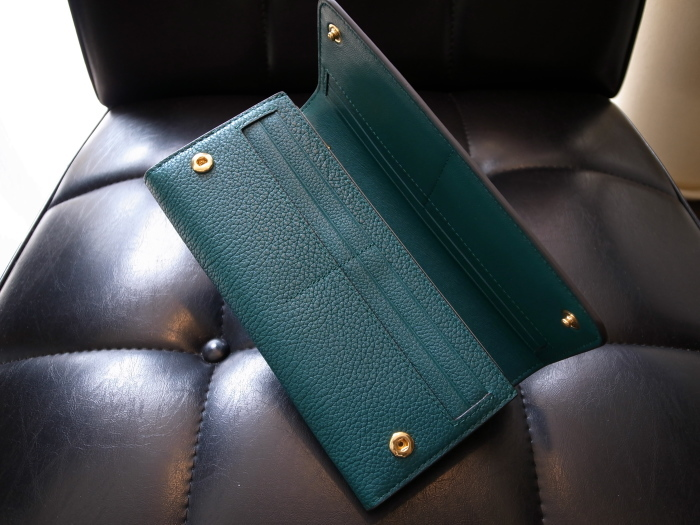 DETAIL MULBERRY ENGLAND CONTINENTAL WALLET OCEAN GREEN_f0111683_12554643.jpg