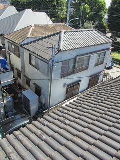 東京都の小平で、屋根修理中に・・・。_c0223192_21510124.jpg