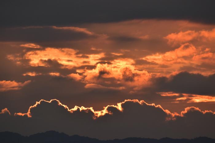 きのうにはきのうの空がある! (*^_^*)_c0049299_18494902.jpg