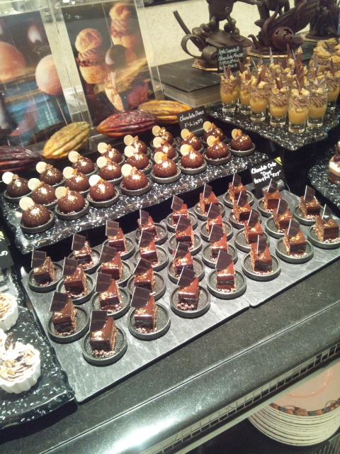 ウェスティンホテル東京 ザ・テラス ワールドチョコレート・デザートブッフェ~第2章~_f0076001_082164.jpg