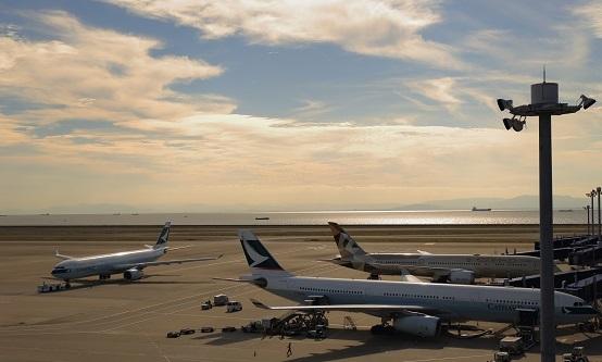秋の中部国際空港_e0241944_21095927.jpg