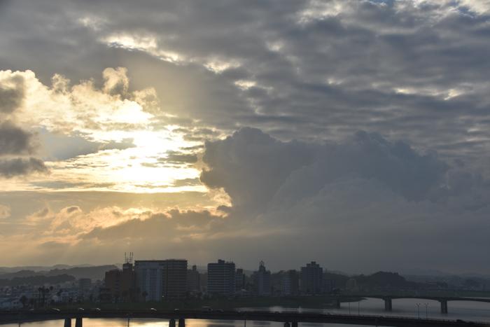 雨あがりはこんな感じで(*^_^*)_c0049299_22553402.jpg