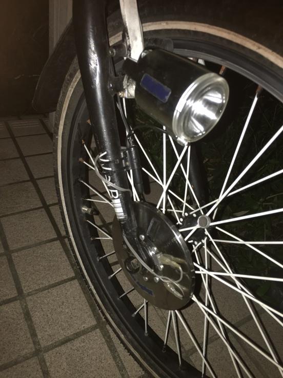 20インチフォールディングバイクに外装式オートライトを_b0060239_22430035.jpg
