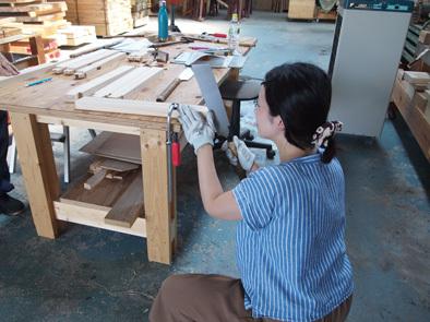 DIY学校上級コース『スツール』完成!!_b0211845_11062448.jpg