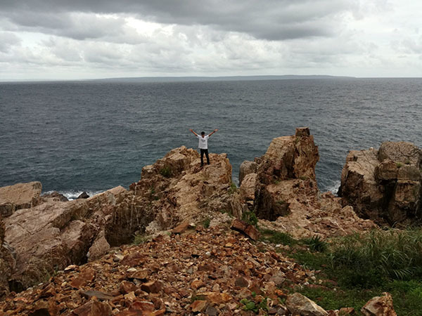 柱状石の奇岩が織りなす隠れた秘境_e0022047_23140586.jpg