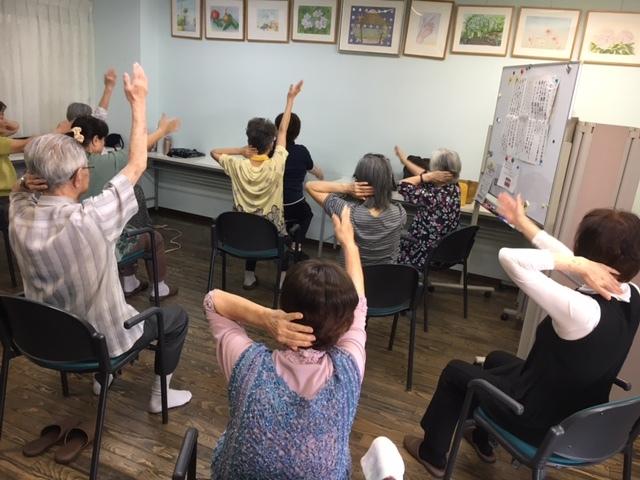 懐メロ体操&タブレット講座&健康麻雀_c0113948_15540303.jpg