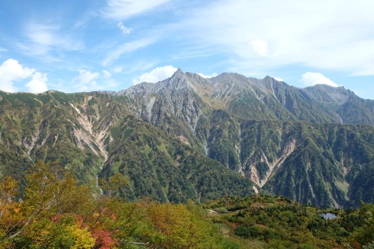 秋の北アルプス 鏡平から西鎌尾根を経て槍ヶ岳へ_e0231387_20472541.jpg