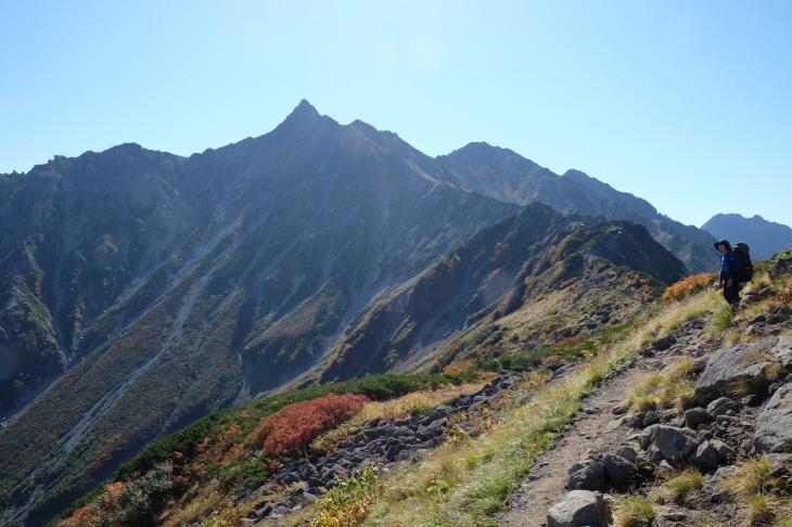 秋の北アルプス 鏡平から西鎌尾根を経て槍ヶ岳へ_e0231387_20594968.jpg