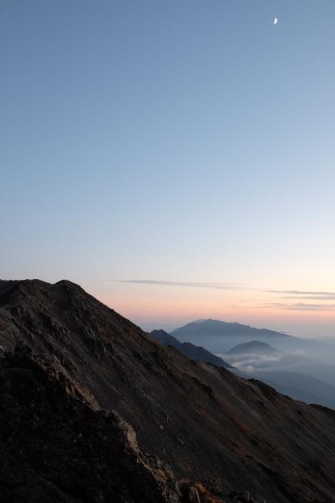 秋の北アルプス 鏡平から西鎌尾根を経て槍ヶ岳へ_e0231387_21100804.jpg