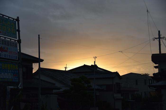 迫る雨雲にあせるぜ (^_^;)_c0049299_23163635.jpg