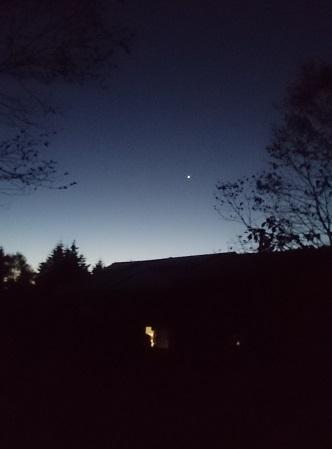 深夜の山小屋の打ち上げ花火_e0077899_8543031.jpg