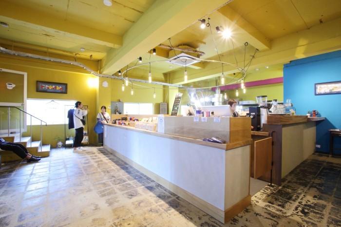 マヌコーヒー クジラ店_f0171785_15361727.jpg